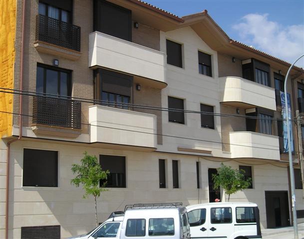 2 Edificios de 43 Viviendas.