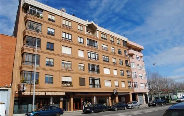 Edificio de 33 Viviendas.