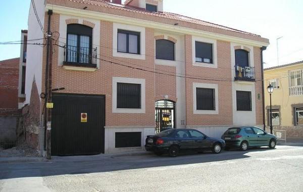3 Edificios de 54 Viviendas.